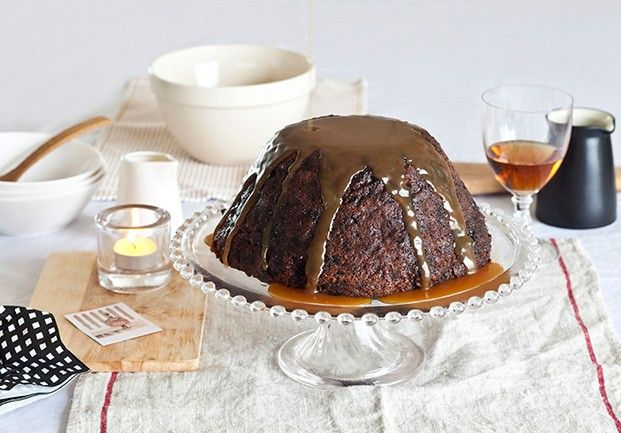 Traditional Rich Christmas Pudding 3kg (serves 24)... perfect for a party