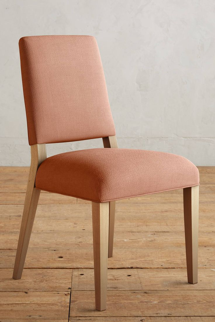 Slide View: 1: Belgian Linen Farwood Chair