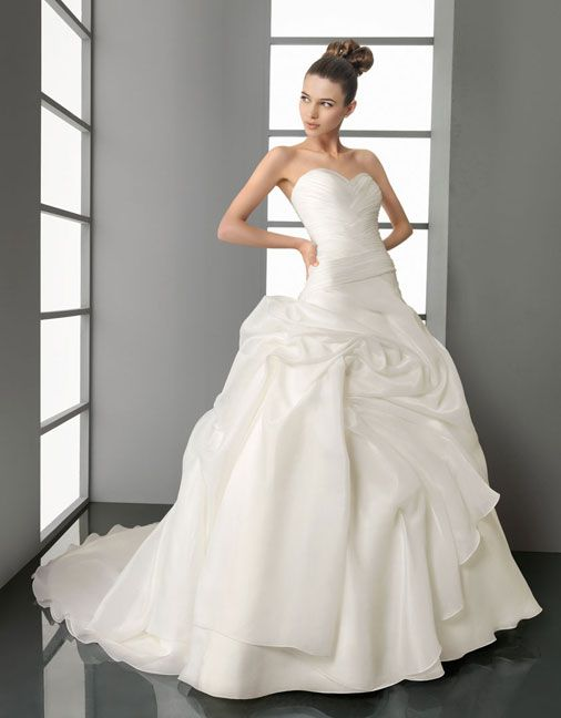 Ball gown sweetheart chapel train  glamorous organza with ruffle wedding dress