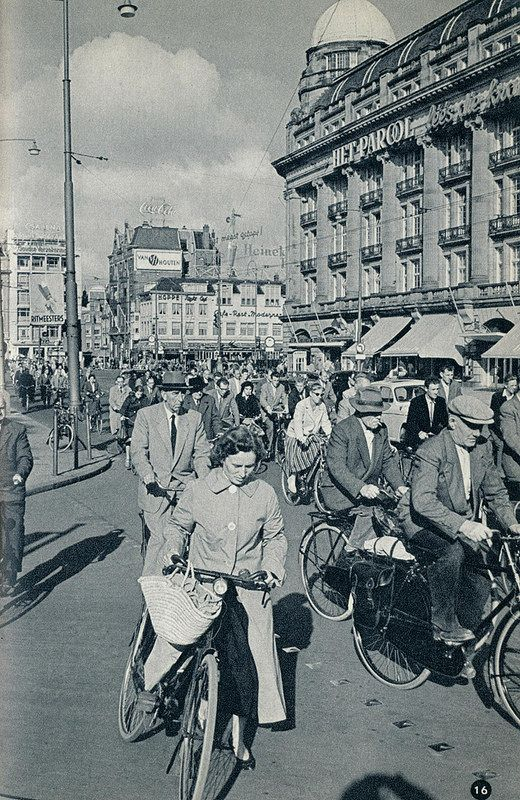 1959. Leidseplein in Amsterdam during rush hour on a typical work day. #amsterdam #1959 #leidseplein