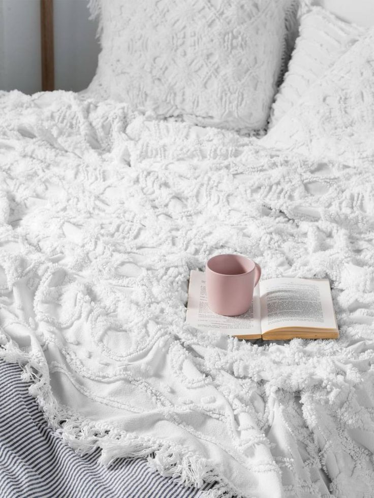 BED COVER SETS SOMERS WHITE BED COVER 240 X 260CM, MODERN CHENILLE, CONTEMPORARY BEDDING, TEXTURED BEDDING, BOHO BEDDING, VINTAGE BEDDING  LINEN HOUSE