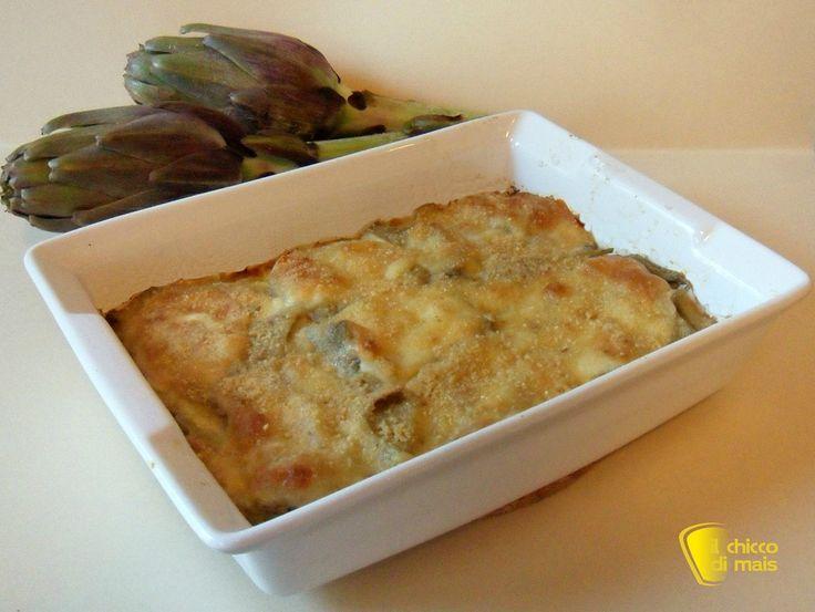 Parmigiana di carciofi e patate (ricetta vegetariana). Ricetta dei carciofi alla parmigiana con patate, secondo o piatto unico vegetariano facile e gustoso