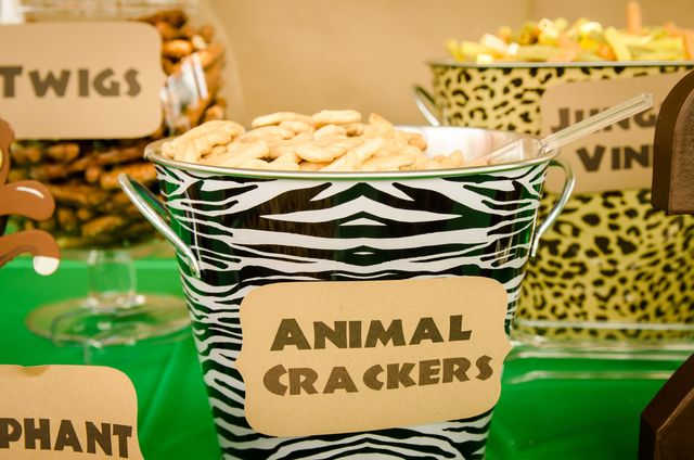 Snacks at a Jungle Safari Party #jungle #partysnacks
