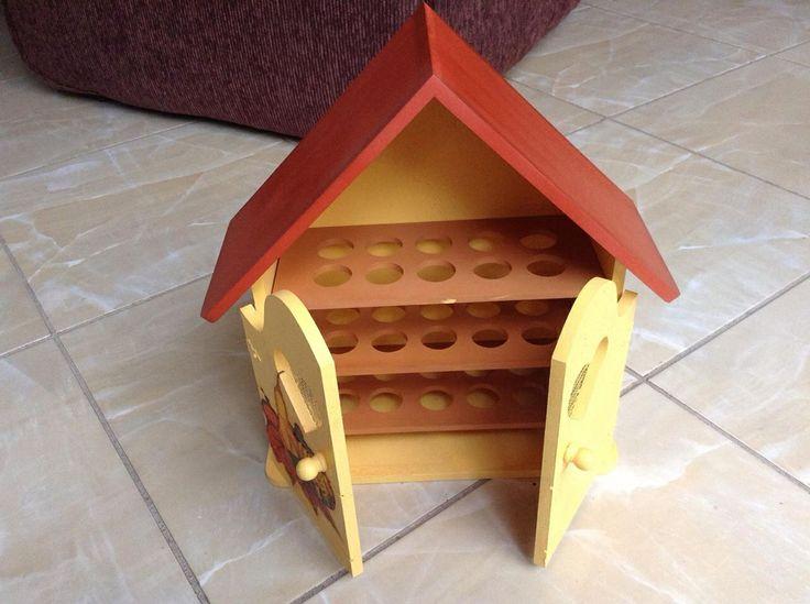 Egg holder madera country
