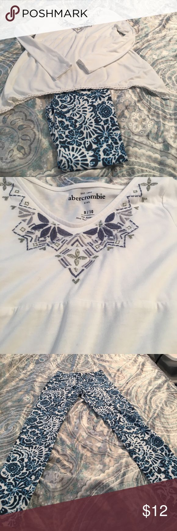 Abercrombie Kids outfit Abercrombie Kids tunic and leggings. Size 9/10. abercrombie kids Matching Sets