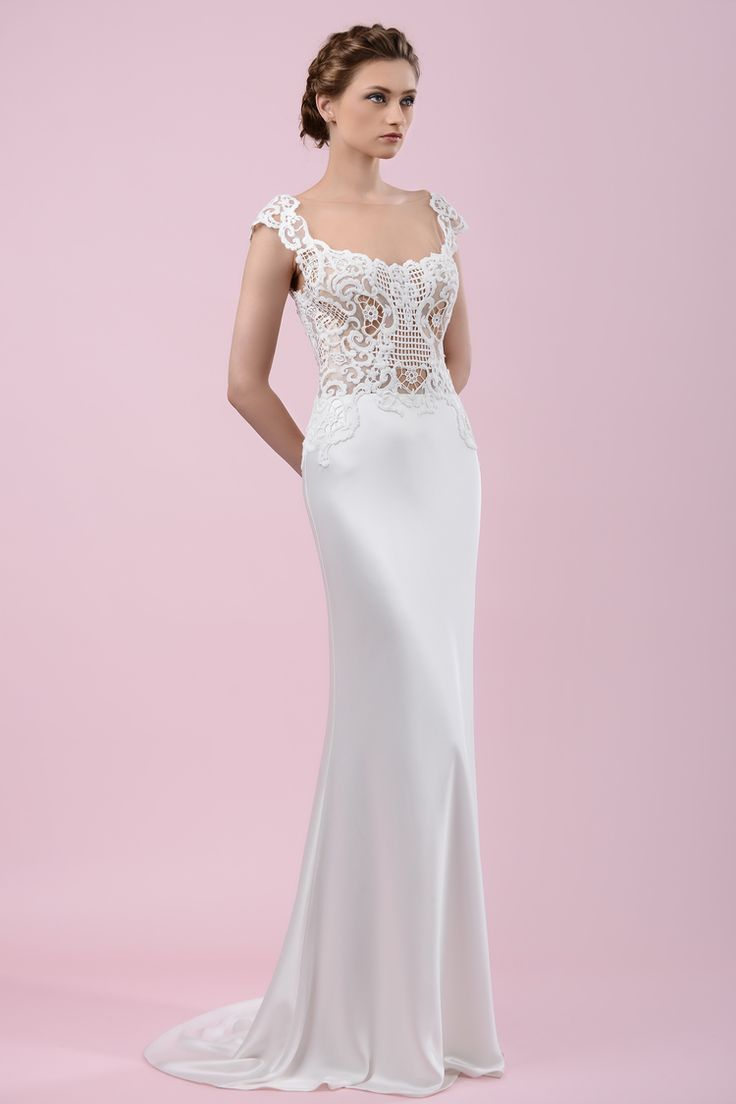 W16 4473 | Available at Pearl Bridal House