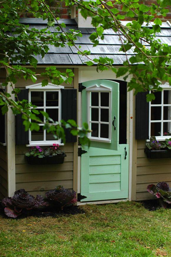 HOME & GARDEN: DIY children's playhouse