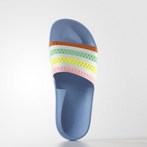 Chinelo Adilette W Farm - Azul adidas | adidas Brasil