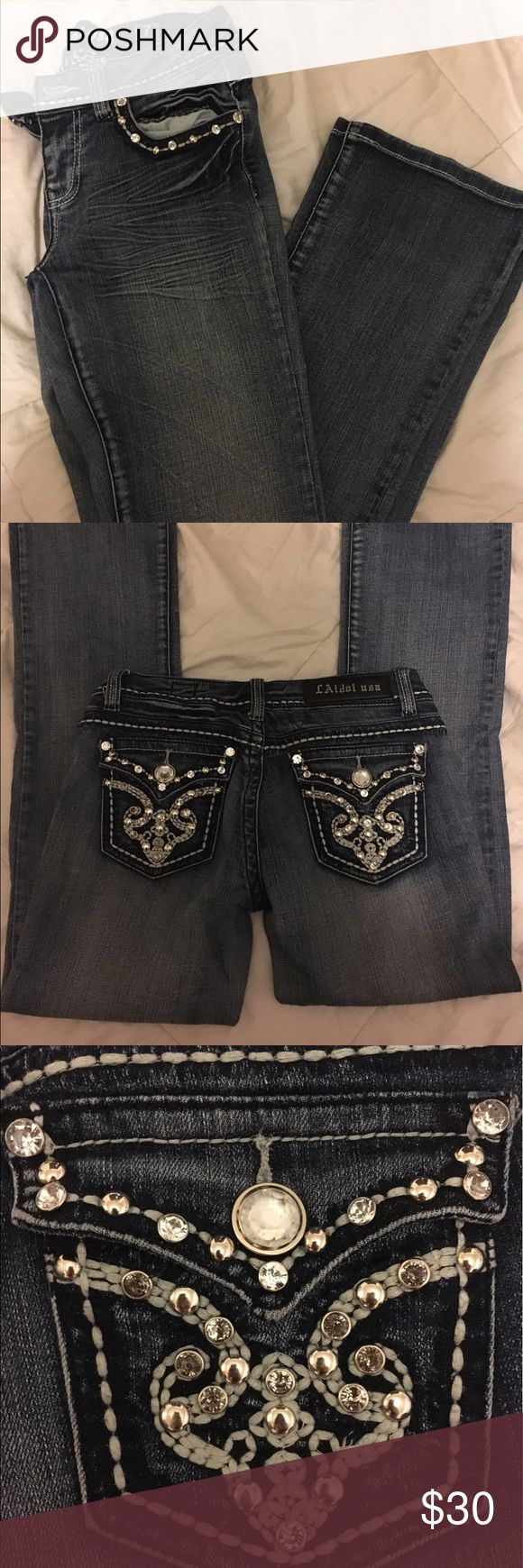 LA Idol Jeans Sz 30 (fits more like 27-28) Love the jeans, just don't wear them much anymore. Tag says 30 but for more like a 27-28. LA Idol Jeans Boot Cut