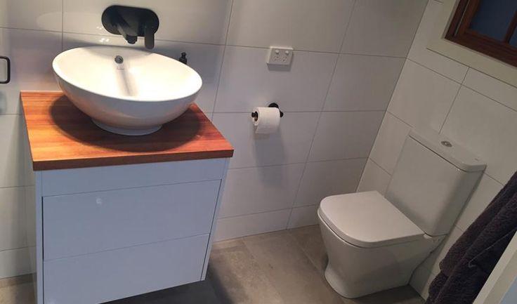 Mooreville ensuite bathroom gallery basin 3.JPG