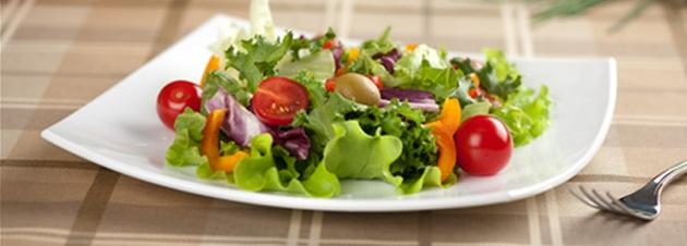 Der perfekte Low-Carb Salat für den Sommer! Schnell abnehmen mit Salat   muskelaufbau1.de