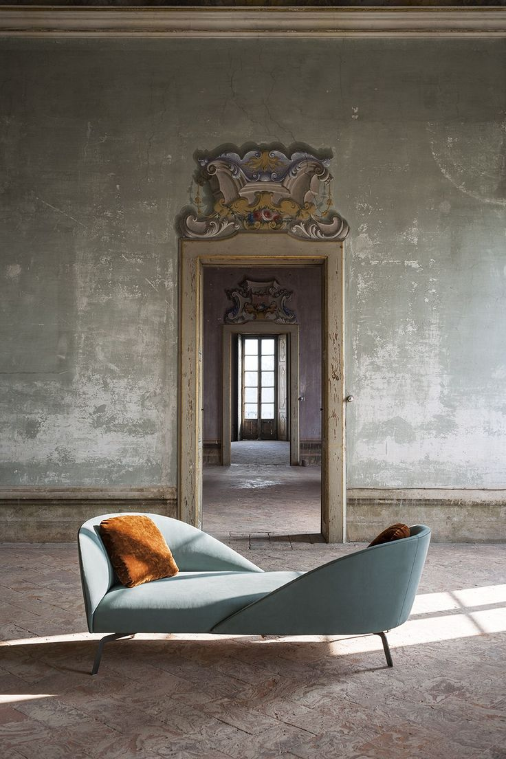 Facetoface By tacchini, 2 seater fabric sofa design Gordon Guillaumier