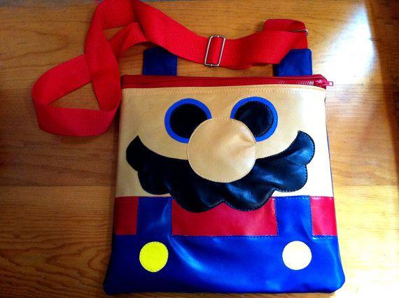 Bolsa plana Mario Bros / Mario Bros Flat bag by Cosmocow on Etsy