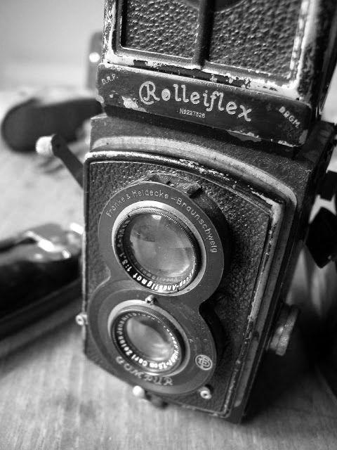 Cecil Beaton´s camera,1932 :: a Standard Rolleiflex