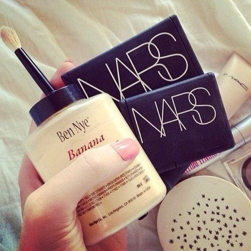 MakeupDramatics: Bananas Powder, Nye Bananas, Favorite Products, Hair Nails Makeup Beautiful, Sets Powder, Bananas Sets, Makeup Hair, Ben Nye, Beautiful Products