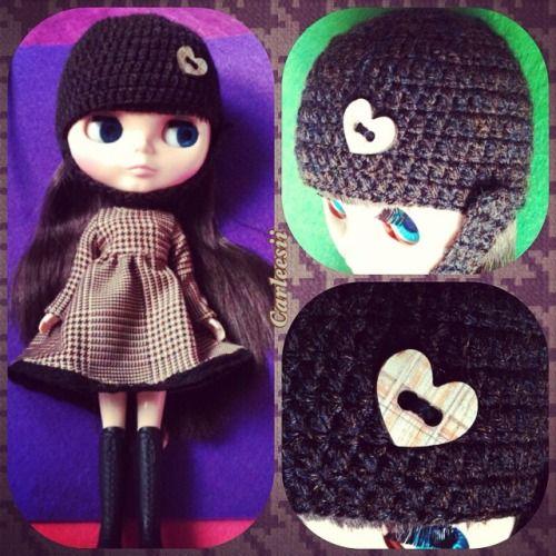 Carleesi - crochet hat for a Blythe doll
