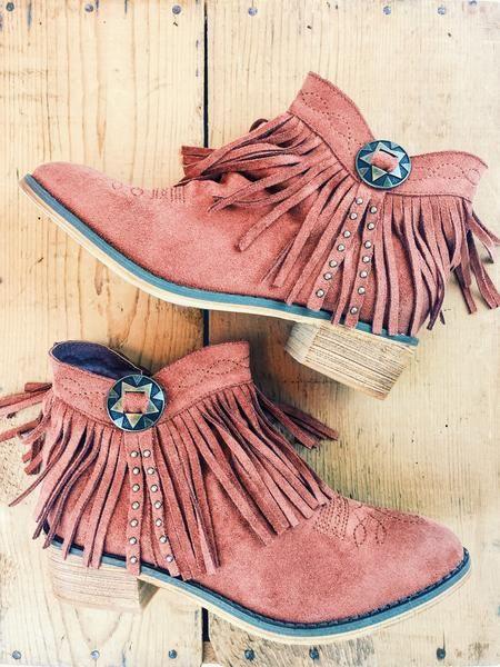 Fabulous fringe!  A little bit western, a lotta bit cute!  Concho Fringe Booties. Copper. Red. Rust. Boutique style. Western fashion. therollinj.com