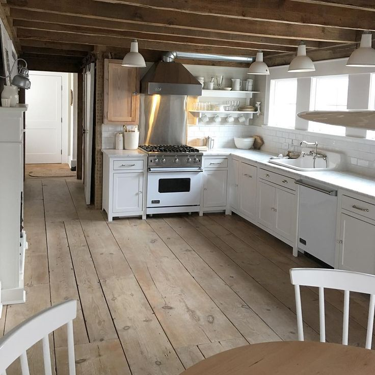 Old Home Kitchen Remodel: Best 25+ Farmhouse Renovation Ideas On Pinterest
