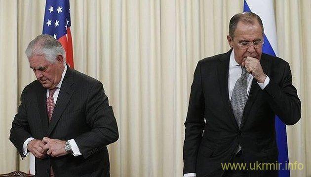 П'ять копійок: Если коротко и без витиеватых дипломатий, то через Лаврова кремлевскому затворнику передали: выполняй Минск или готовь вазелин. Об ослаблении санкций даже не думайте. В Сирии начинайте сливать Асада, а также воюйте против Ирана:) О КНДР и Афганистане вопрос даже не подымался, это не р