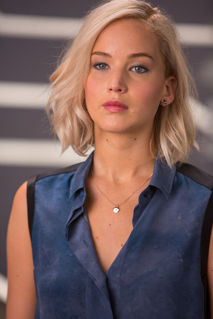 NEW - UHQ Pictures of Jennifer Lawrence from Passengers' Wardrobe Test. https://flic.kr/s/aHskya73wr