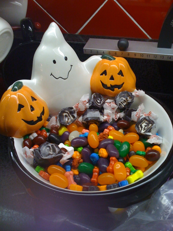 7 Best Images About Halloween Bowls On Pinterest Fun For