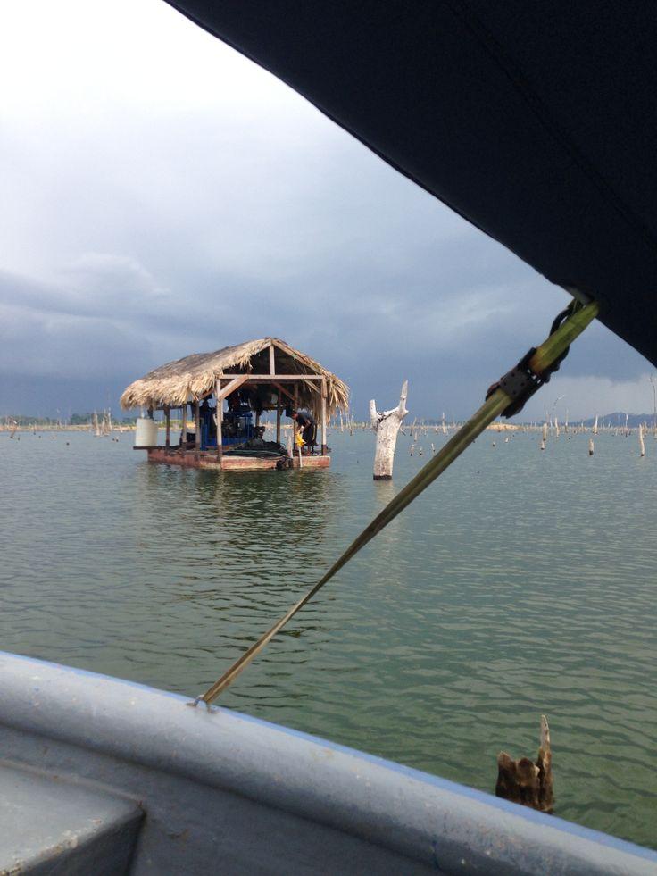 Barge on lake Bayano