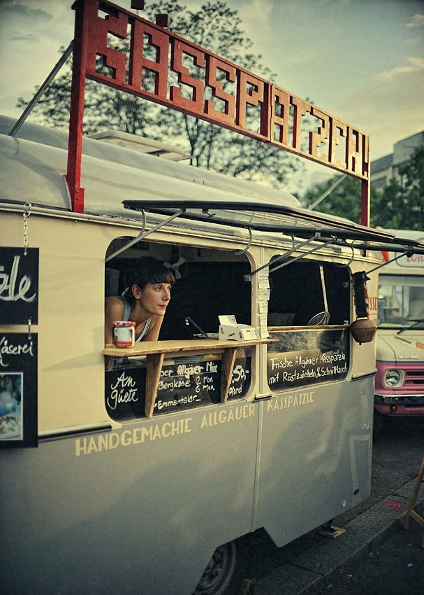 Eating with style even on the go! with gourmet Street Food!