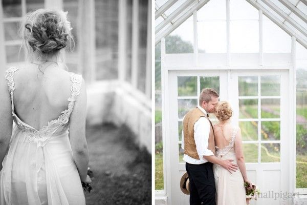 Googles billedresultat for http://www.prettychicblog.dk/wordpress/wp-content/upLoads/2011/08/18-Elefteria-Wedding-Dress-600x400.jpg