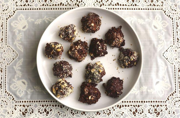 We are in sinner heaven met deze zelfgemaakte Ferrero Rocher bonbons. TO DIE FOR! #sinnersunday #homemade #bonbons #sinner