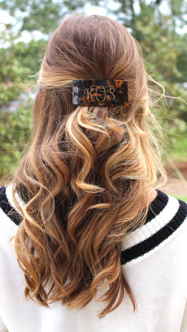 Oh. Em. GEE! We are LOVING this Tortoise Hair Clip! Looks amazing styled so many ways! #marleylilly