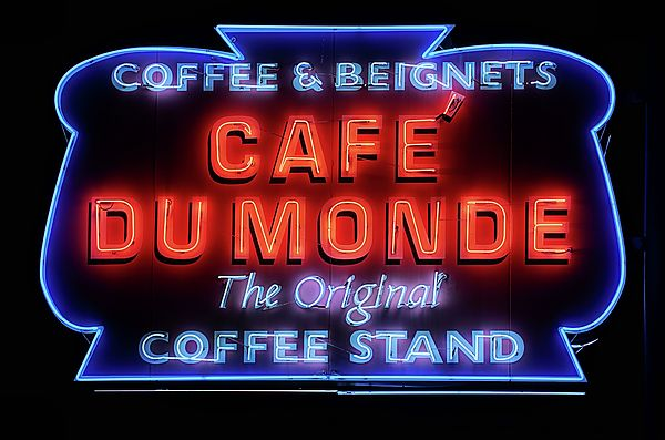 Cafe du monde,Cafe dumonde,Cafe dumon,Beignets,Coffee stand,old neon sign,neon sign,New Orleans,NOLA,New Orleans LA,New Orleans Louisiana,New Orleans French Quarter,Metairie,New Orleans Cafe Du Monde,Cafe Du Monde New Orleans,JC Findley