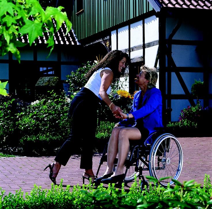 AVANTI   Active Manual Wheelchair by MEYRA ORTOPEDIA