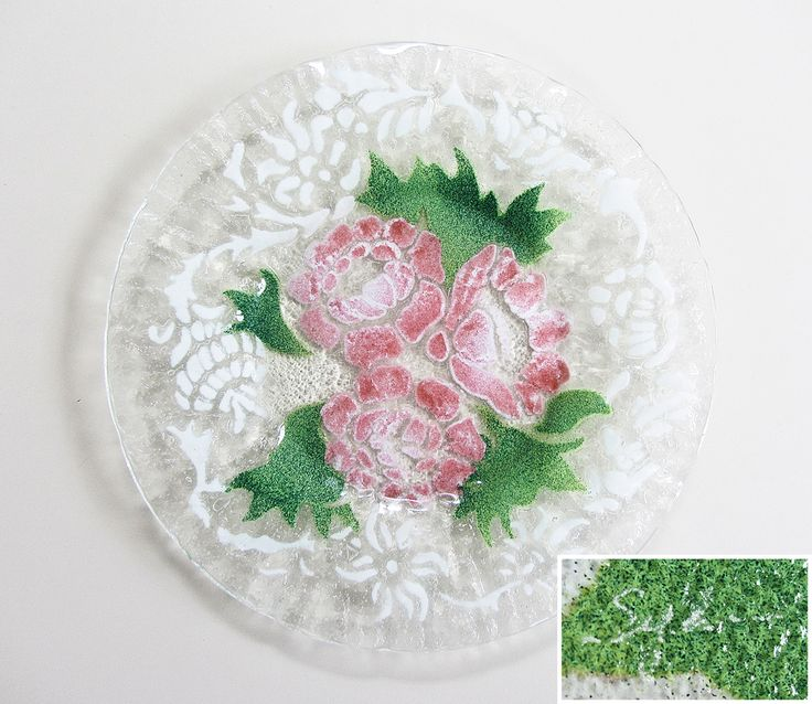 "8.5"" Fused Glass Plate with Pink Peonies/Roses Design and White Accents by Bill Sydenstricker, Sydenstricker Glass, Brewster, Massachusetts (Cape Cod)"
