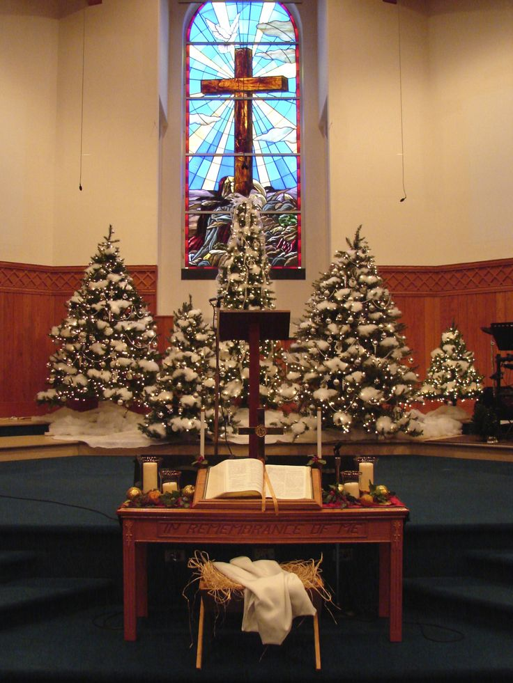 43 best churches at christmas images on pinterest for Altar decoration for first holy communion