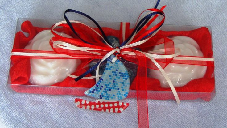Nautical Style in Red - Elegant Gift Set with Luxury Scented Soaps & a Handmade small blue Glass Decorative Boat : Ideal for Feast, Birthday, Party, for any occasion, for anyone