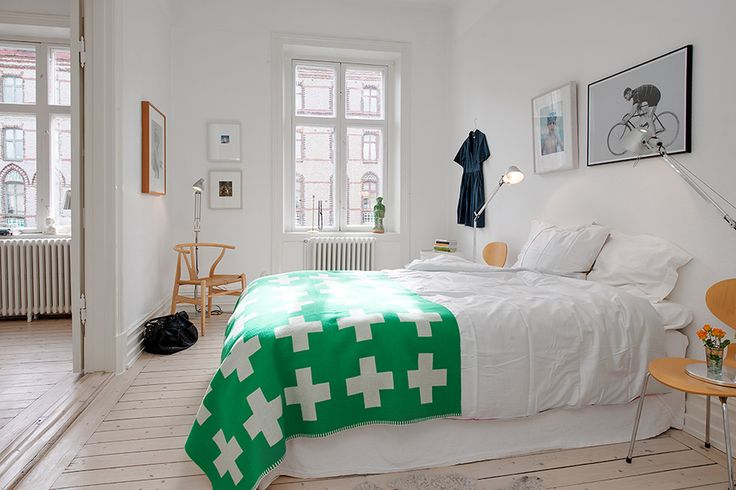 Renovated Heirloom Apartment Combines Original Details With Modern ...