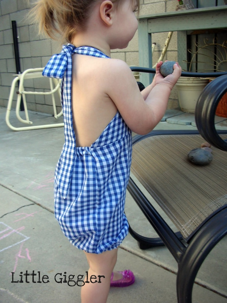 Romper (Free Pattern & Tutorial) -- Someone who can sew can surprise me with this in a 2T! :)