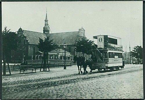 Holmens Kirke med hestesporvogn før 1898