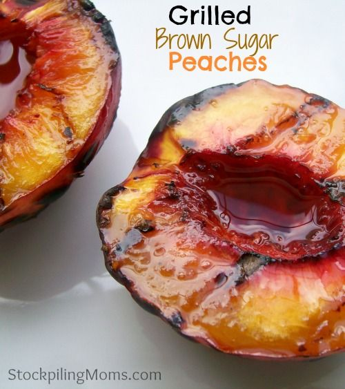 Grilled Brown Sugar Peaches is the perfect healthy dessert! #cleaneating