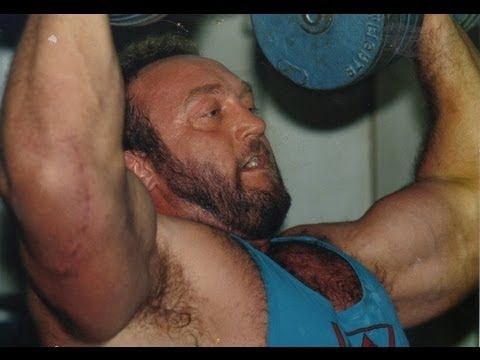 ▶ Bill Kazmaier Benching At Daves Gym Northwich 1988 World's Strongest Man (with Jamie Reeves) - YouTube