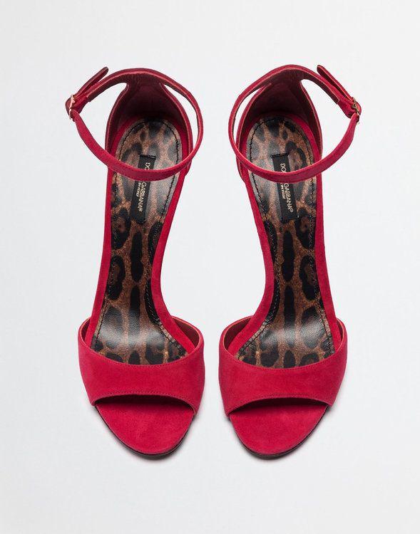 ba4ec67e41 Zapatos para invitada. ¡Una selección de lo más TOP con diseños y colores  espectaculares! Image  20
