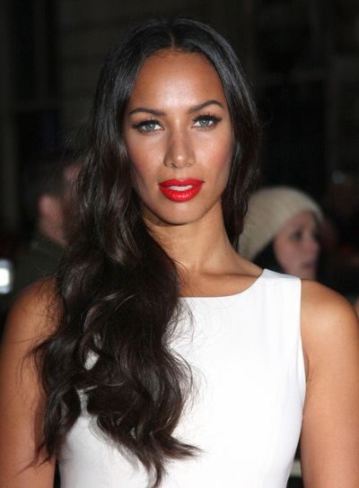 Chic Beauty: A pop of red always does the trick! Leona Lewis looks stunning!