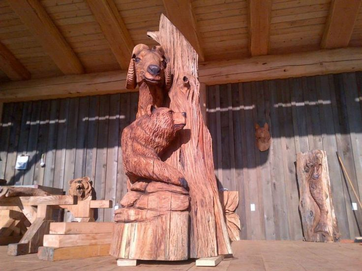 This beautiful totem was custom built for Pioneer Log Homes clients Dave and Betsey Golterman.