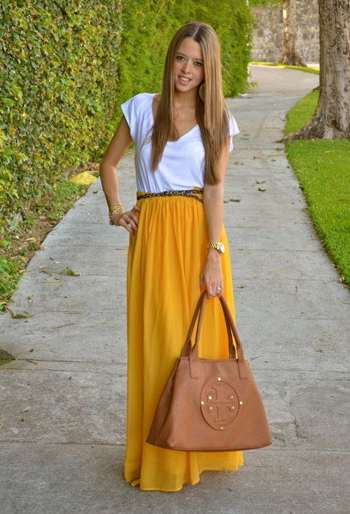 <3 the skirtFashion, Yellow Skirts, Tory Burch, Long Skirts, T Shirts, Mustard Yellow, Maxi Skirts, Yellow Maxis, Maxis Skirts