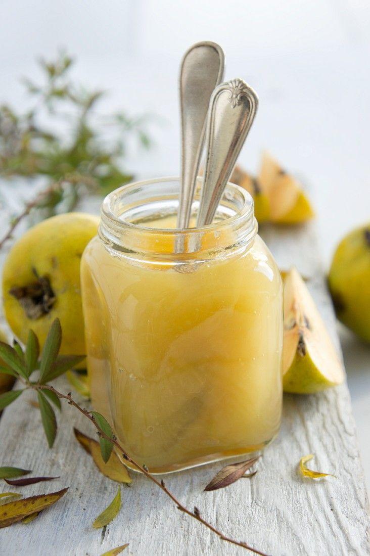 Quittenmus - viel einfacher als Gelee aber mindestens genauso lecker!!! http://eatsmarter.de/rezepte/quittenmus-1