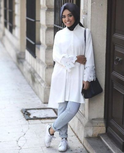 white crochet shirt dress- How to wear shirt dress with hijab http://www.justtrendygirls.com/how-to-wear-shirt-dress-with-hijab/