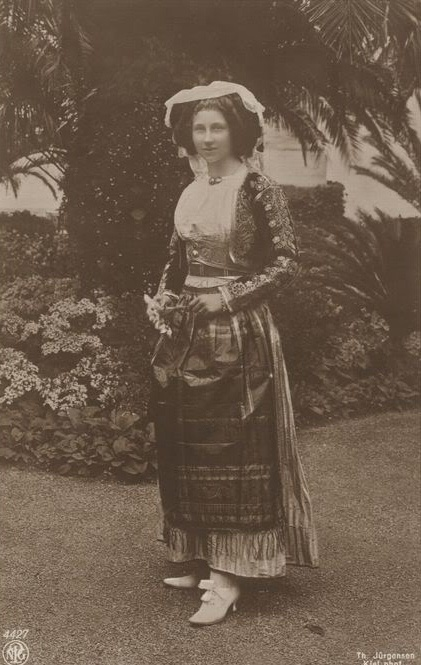 VL in Greek folk costume Viktoria Luise, daughter of Kaiser Wilhelm. in Greek traditional costume from Corfu island