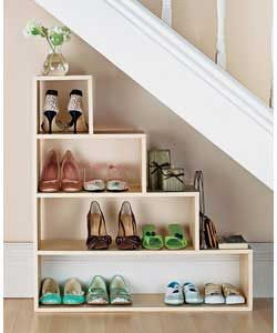 Love this idea for under the stairs - maximize space!