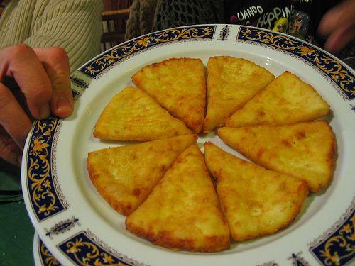 Queso frito a la miel - http://www.absolutalbacete.com/queso-frito-a-la-miel/