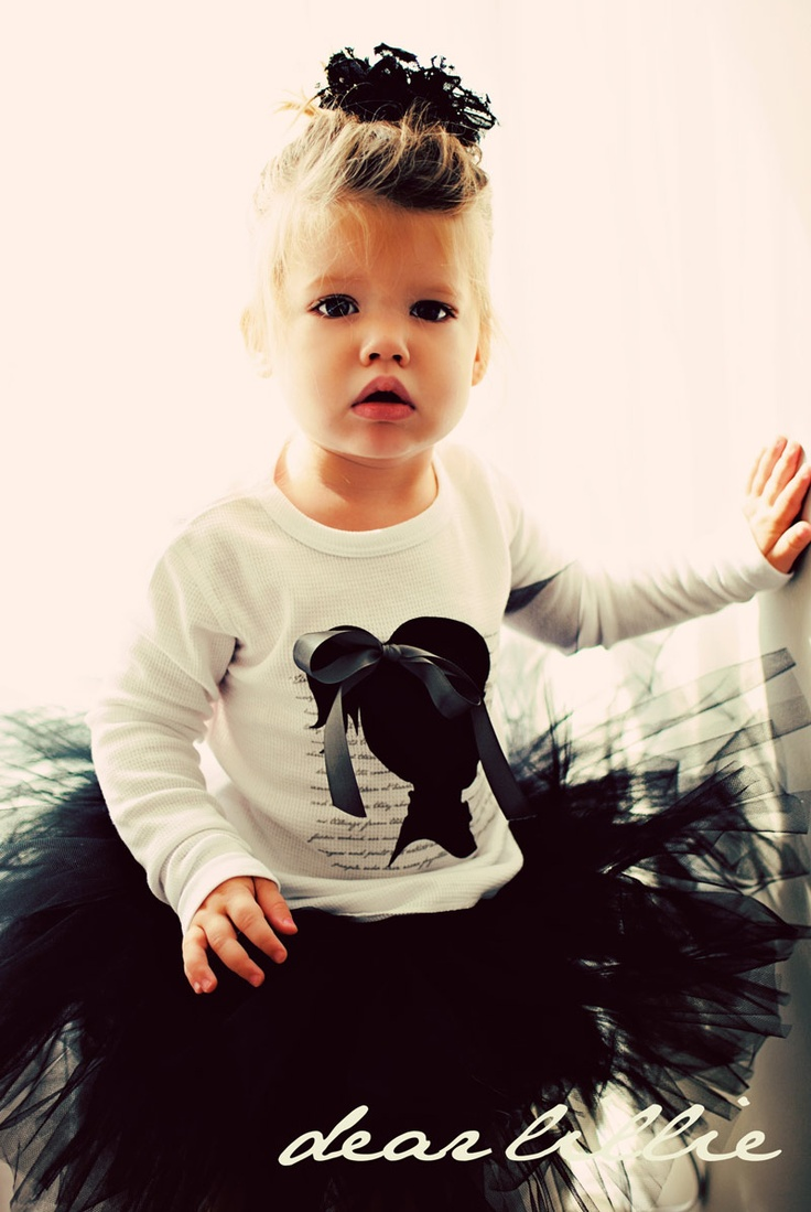 SO CUTE LOVE OUTFIT FOR LITTLE GIRL rockabilly hair! adorable!